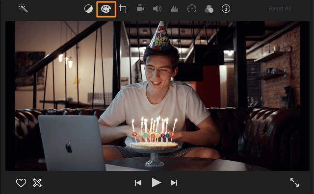 click color correction button